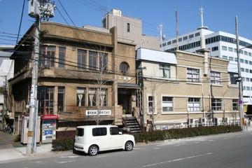 商船三井築港ビルと天満屋ビル
