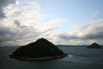 大崎ノ鼻から見た小槌島